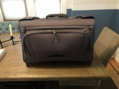 autopilot rolling garment carry on bag