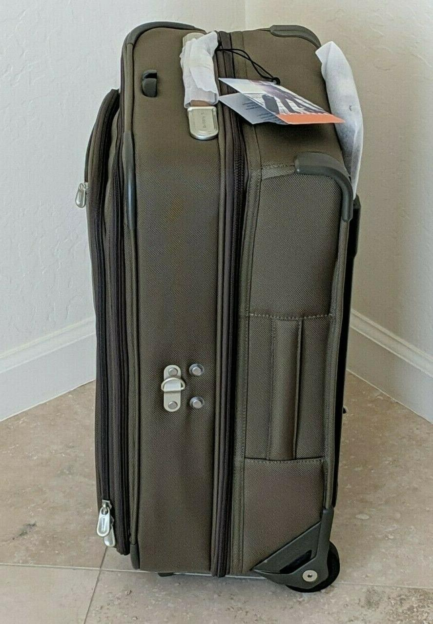BRIGGS Domestic Carry-On Bag, Olive