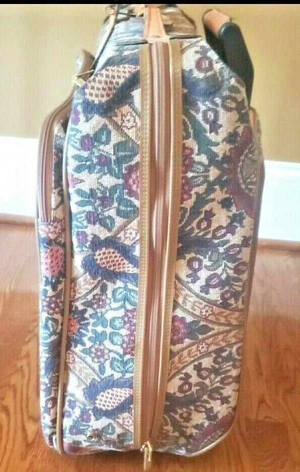 Hartmann Tapestry Paisley Suit/ Roller Luggage Gorgeous
