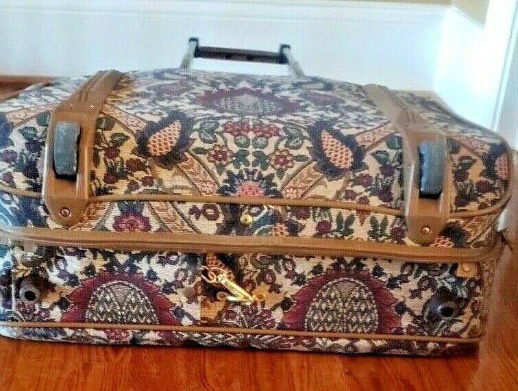 Hartmann Flame Tapestry Suit/ Luggage